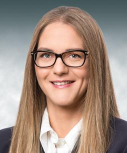 """שרית פרלמוטר-שוגרמן, יועצת משפטית ומזכירת החברה, קבוצת חנן מור אחזקות בע""""מ"""