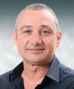 """משה קורן, סמנכ""""ל פיתוח עיסקי והתחדשות עירונית, אזורים התחדשות עירונית"""