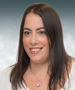 דפנה אגוז, מנהלת מחלקת דיני עבודה. מחלקה מסחרית, דרדיק, גרוס ושות' (dglaw)