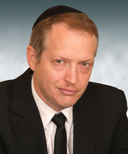 Adv. Dr. Yechiel Weinroth, Managing Partner, Dr. J. Weinroth & Co. Law Office