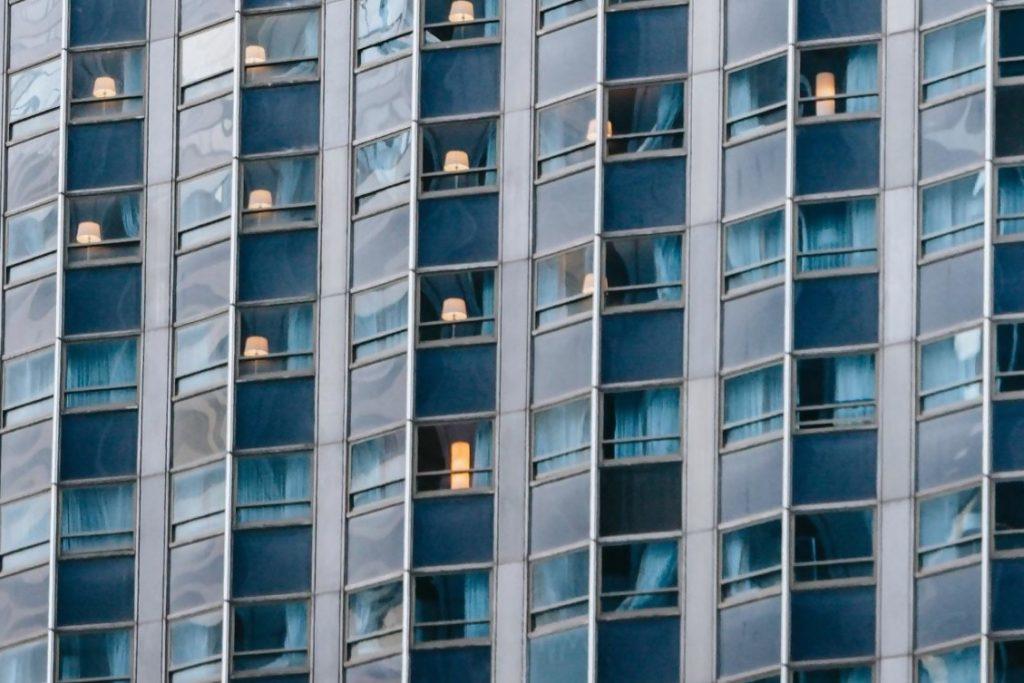 ברכות למשרדים במגדל אמות השקעות תל אביב- שדורגו בדירוג הקוד 2021